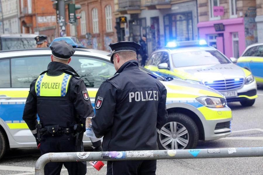 Двама българи са задържани в Германия за търговия с бебета