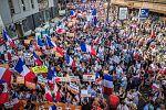 Хиляди протестираха във Франция срещу Covid сертификатите