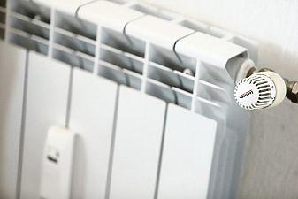 Добрев: Цените на тока и парното ще скочат с много от 1 януари