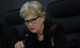 Юристи: Комитова дублира договори за зимно почистване на двойна цена