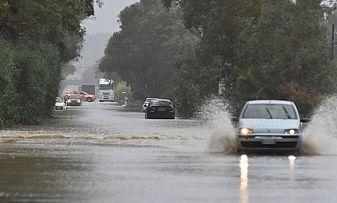Мощна буря наводни Италия, има загинали