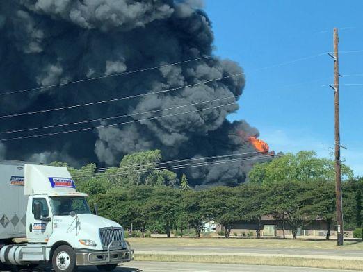 Пожар в химически завод в САЩ